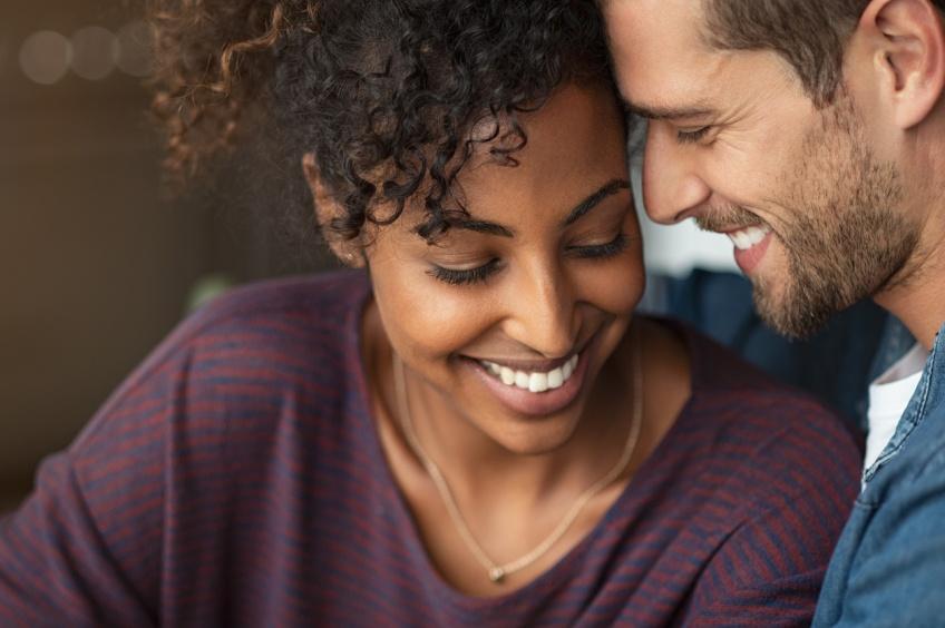 Êtes-vous compatibles ? Comparez vos dates de naissance pour le savoir !