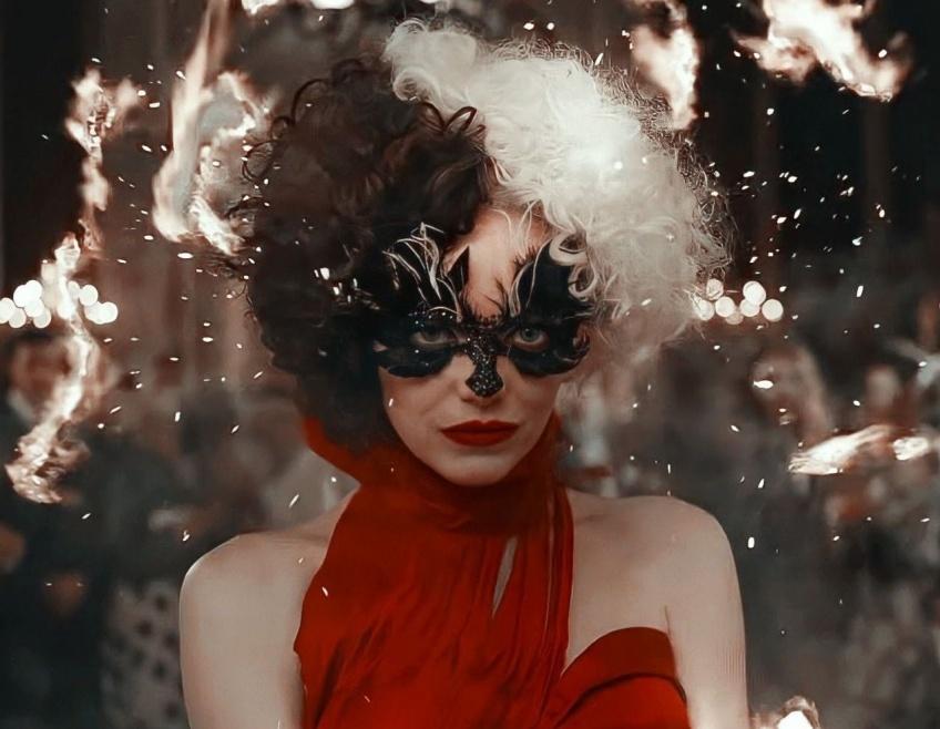 C'est au tour des méchants de briller : MAC lance une collection de make-up à l'effigie de Cruella !