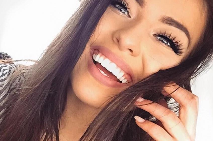 Ces mauvaises habitudes qui nous donnent les dents jaunes !