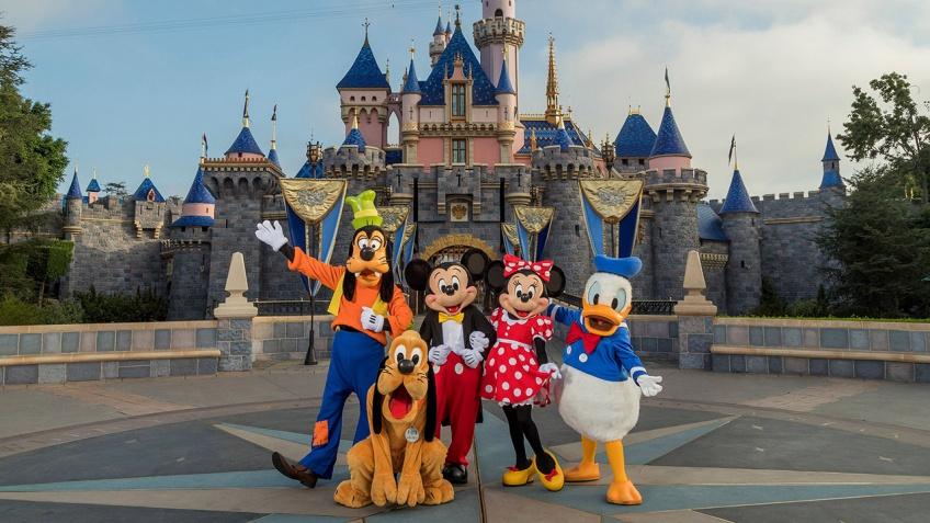 Disneyland, Parc Astérix : quelles mesures sanitaires dans les parcs d'attractions dès juin ?
