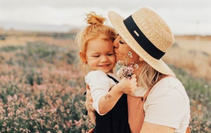 Fête des Mères : Vous aimez votre maman ? Dites-lui, mais pas seulement avec des fleurs !