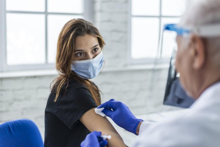 Covid-19 : la vaccination pour tous commence aujourd'hui, fini les conditions d'âge