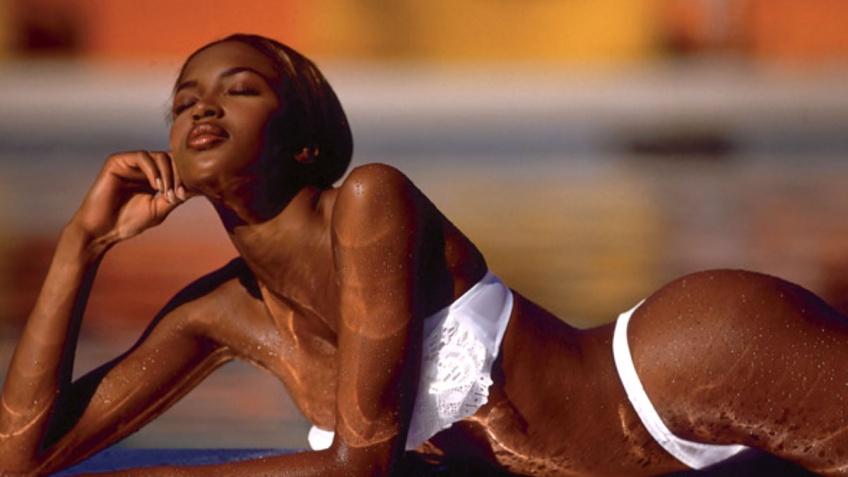 La routine sportive de Naomi Campbell : comment entretient-elle son corps tonique ?