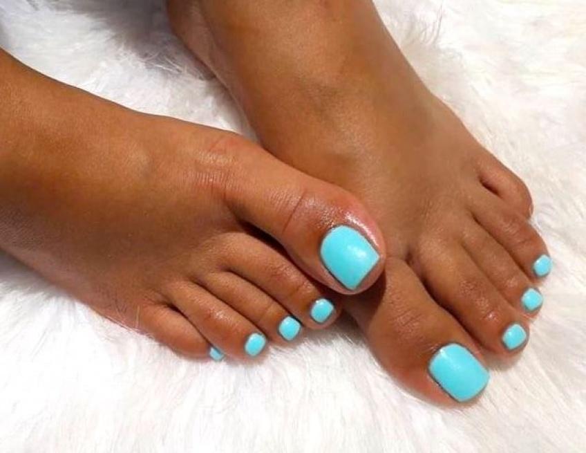 10 couleurs de vernis pour sublimer vos pieds !