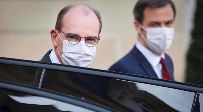 Covid-19 : Jean Castex appelle encore à la vaccination, après un ralentissement