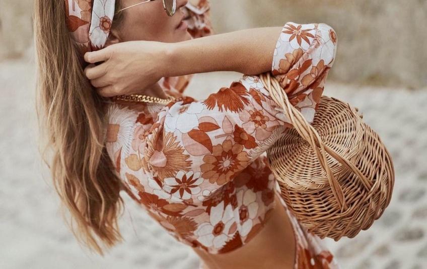 Zoom sur : Antik Batik, la griffe qui souffle un vent coloré et frais dans votre dressing cet été !