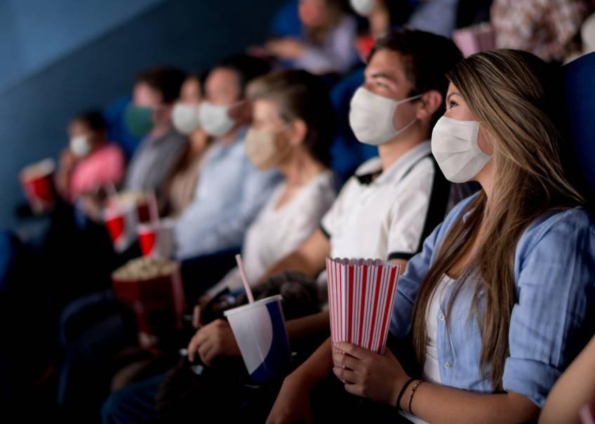 Covid-19 : Le port du masque n'est plus obligatoire dans les lieux publics avec le pass sanitaire