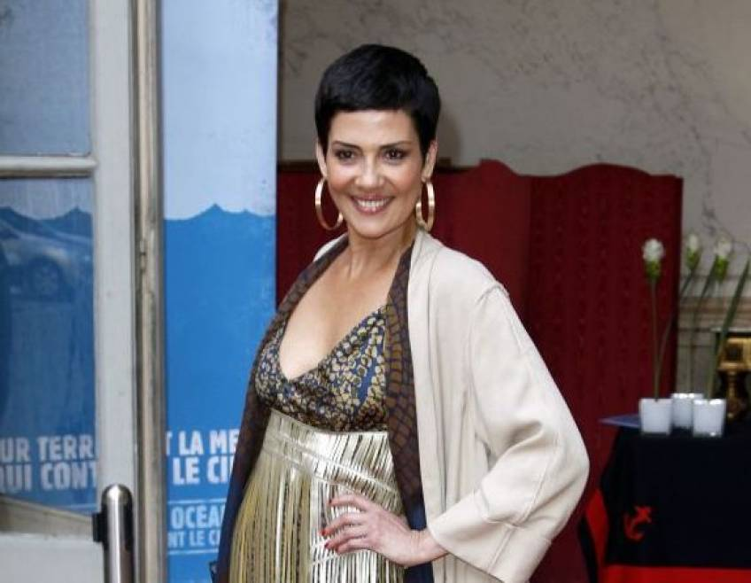 À 56 ans, Cristina Cordula affiche sa silhouette sublime en bikini !