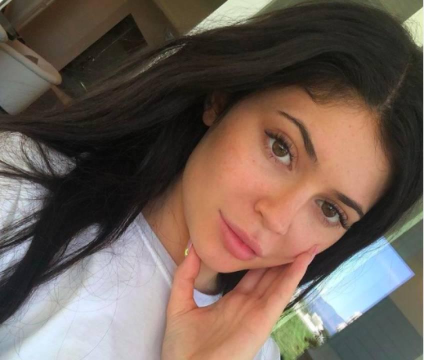 À quoi ressemble Kylie Jenner sans maquillage ?