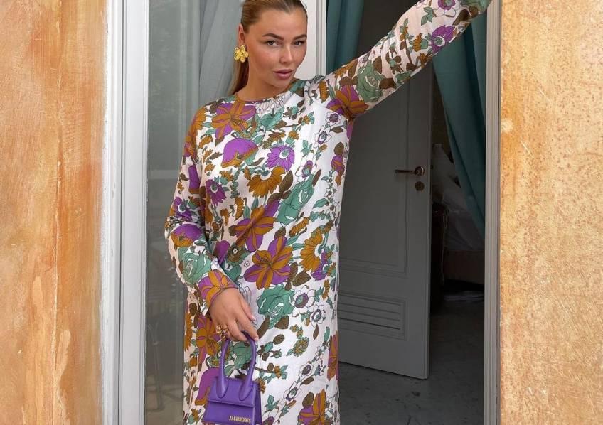 5 looks repérés sur Instagram pour adopter la robe fleurie cet automne