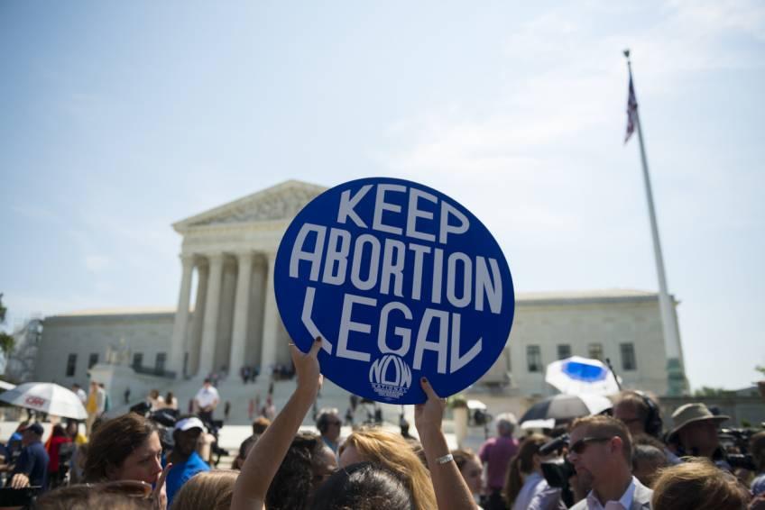 Au Texas, la communauté TikTok tente de résister contre la nouvelle loi anti-avortement