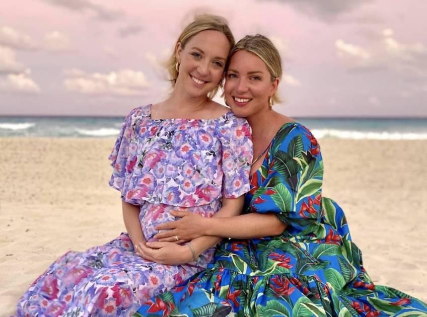 Une américaine donne naissance au bébé de sa soeur jumelle !