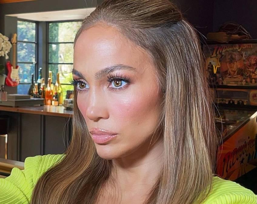 La routine de soins de Jennifer Lopez ne fait que 3 étapes !