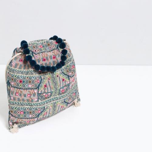 Zara - Sac à dos ethnique brodé