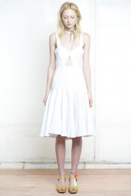 Shakuhachi - Robe blanche ajourement avant