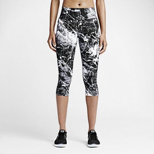 Nike - legging sport imprimé blanc et noir