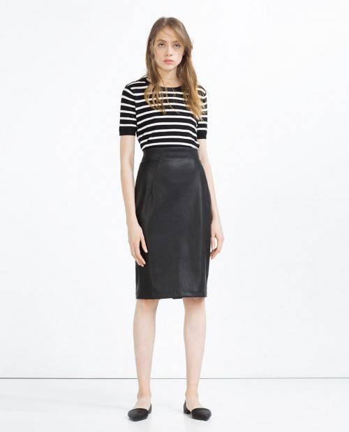 Zara  jupe cuir fourreau noire