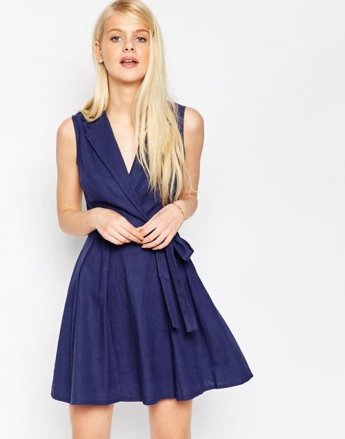 Asos - robe bleue cache coeur