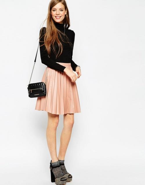 Asos jupe patineuse plissée rose cuir