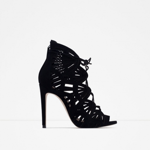 Zara - sandales ajourées noires talons