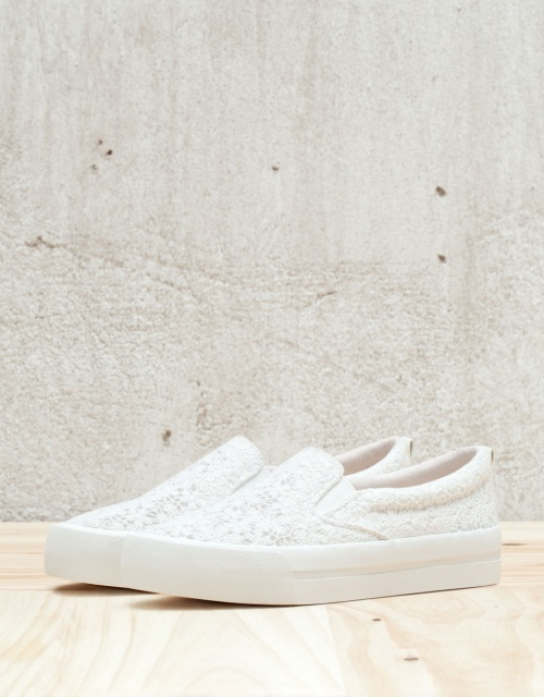 Bershka  slip on dentelle