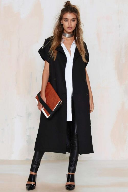 Nasty Gal  manteau long noir sans manche