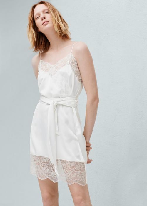 mango robe dentelle façon nuisette blanche