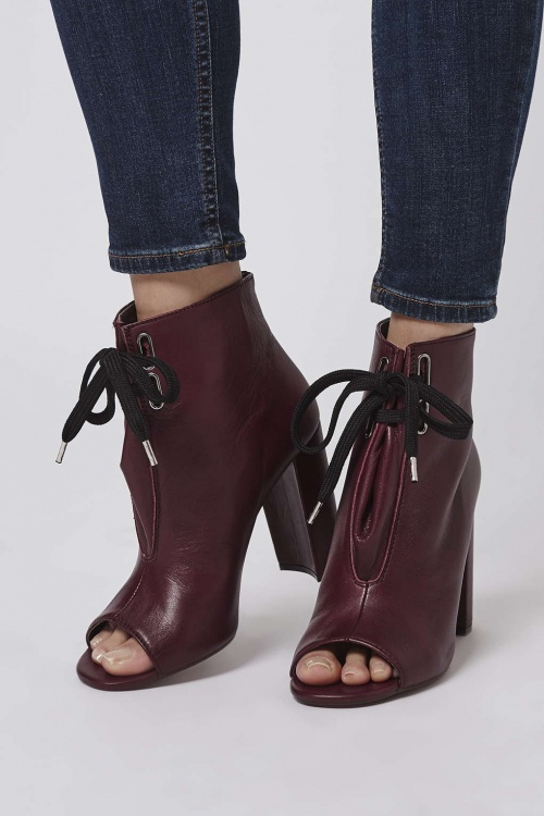 Topshop  bottines bordeaux à lacet
