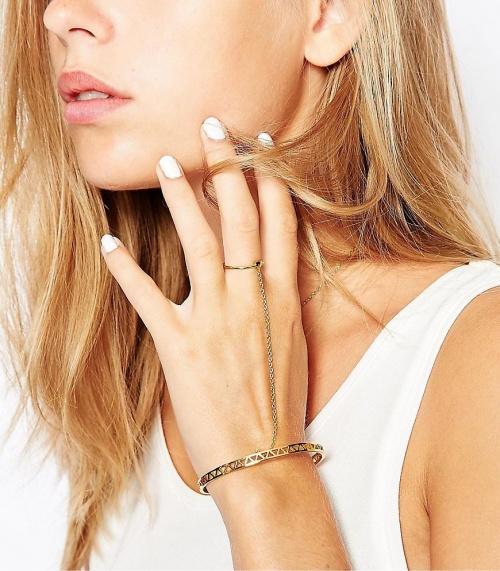 Gorjana bracelet de main plaqué or