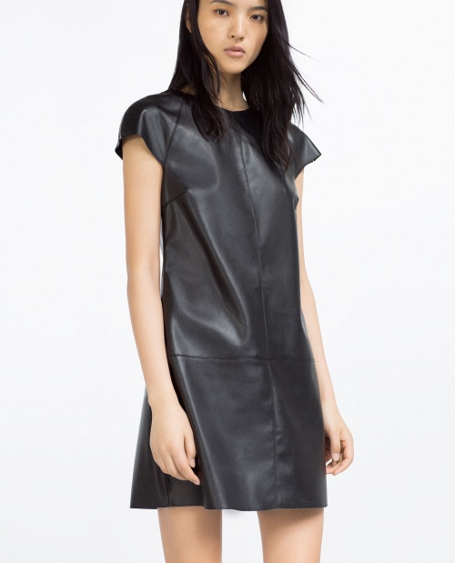 Zara robe cuir courte noire