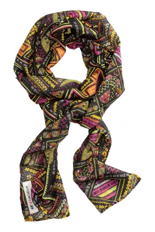 h&m loves coachella écharpe motifs ethniques