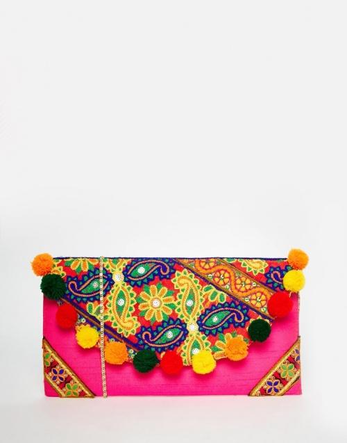 Moynia pochette colorée pompons ethnique