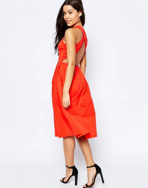 Asos  robe patineuse dos ouvert rouge