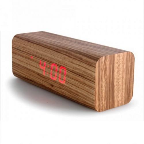 Comment se ruiner - Réveil en bois