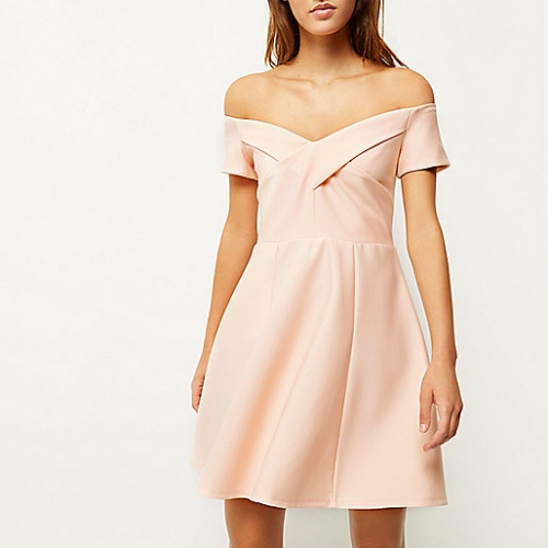 River Island robe patineuse rose pale