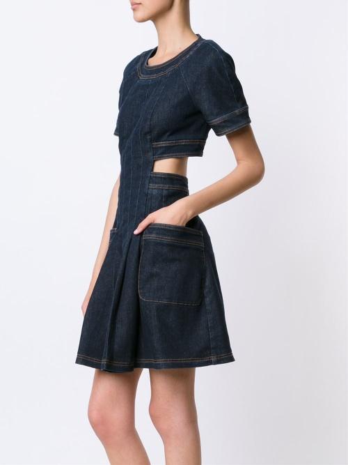 Fendi robe jean découpes taille
