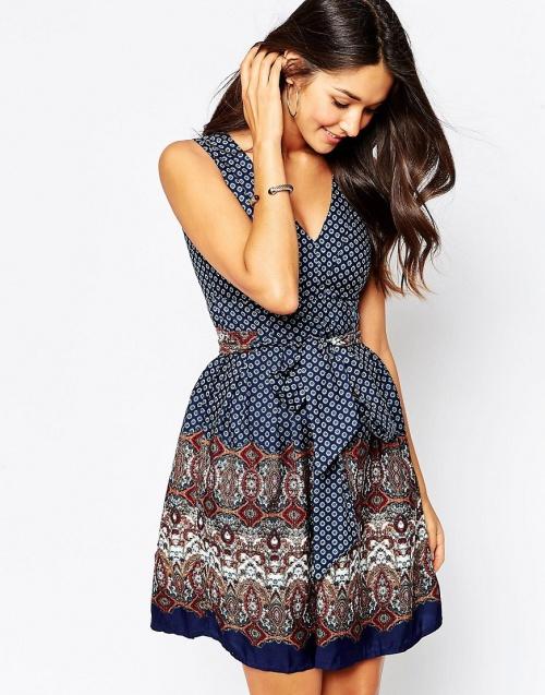 Yumi - Robe patchwork motif foulard