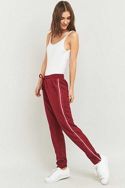 Light before Darkness jogger rouge