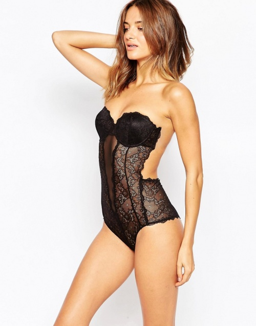 Fashion Forms  body dos nu bustier