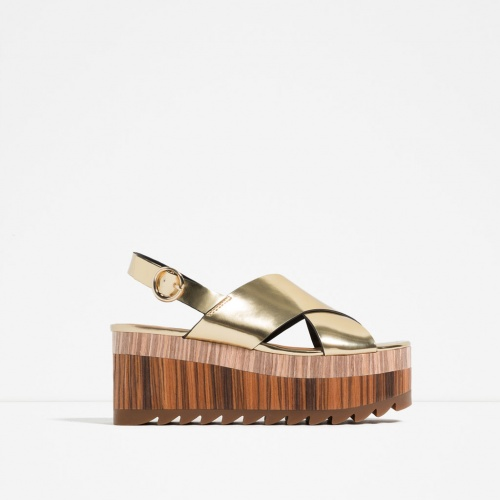 Zara - sandales palte forme bois dorées