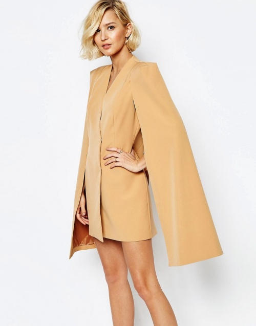 robe cape beige