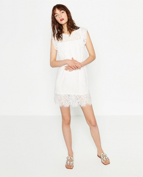 Zara robe dentelle volants blancs