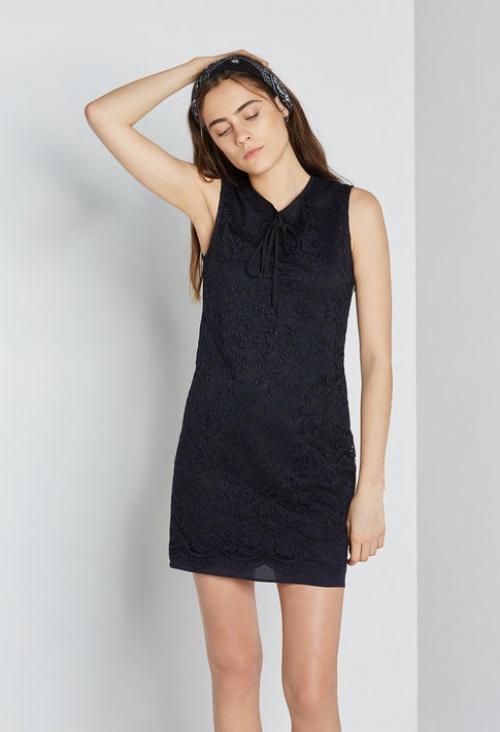 Claudie Pierlot robe dentelle bleu nuit