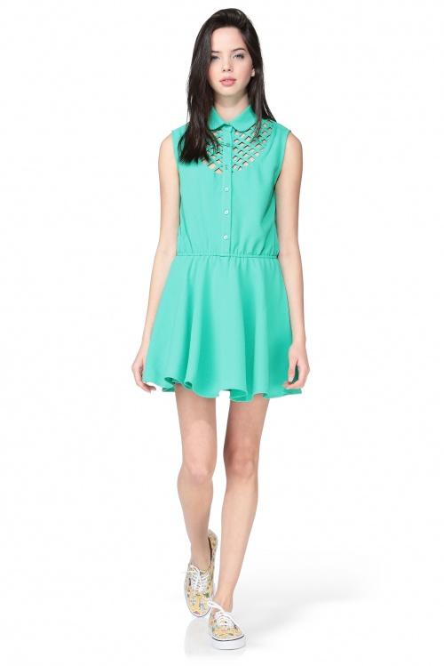 Pepaloves robe verte décolleté strié