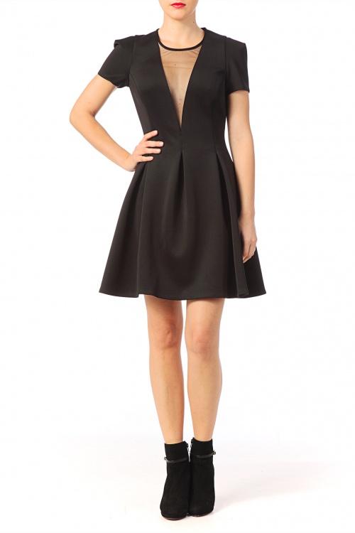 Brigitte Bardot robe patineuse décolleté noir