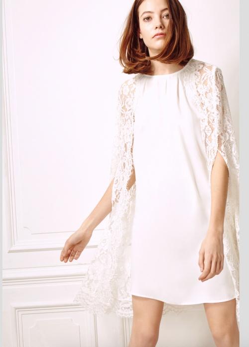 robe blanche cape