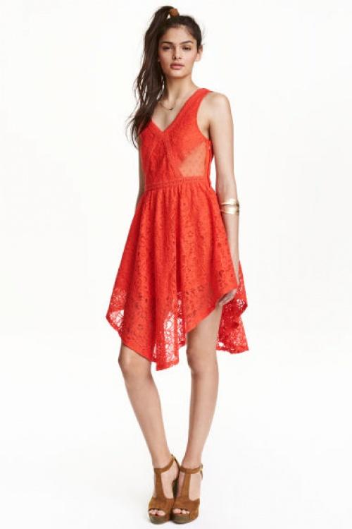 H&M robe rouge dentelle