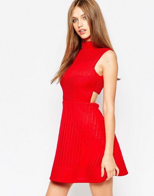 Asos robe rouge découpes
