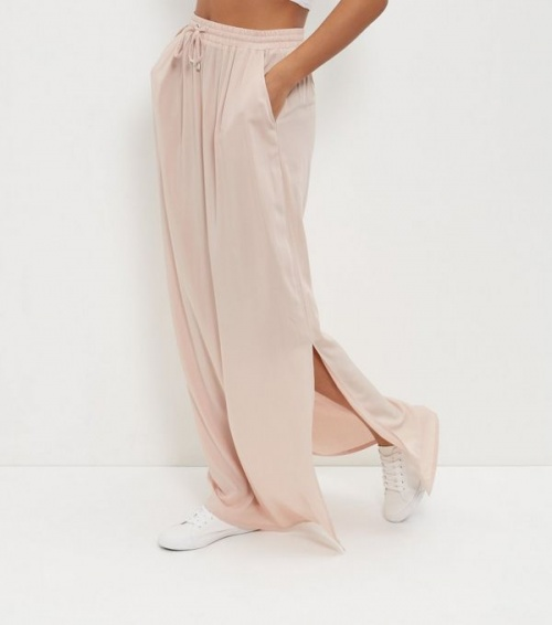 New Look  jupe longue fendue voile rose pale