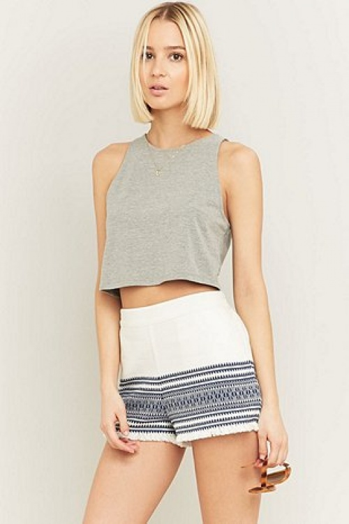 Urban Outfitters short brodé revers